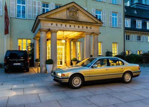 BMW E38 750i